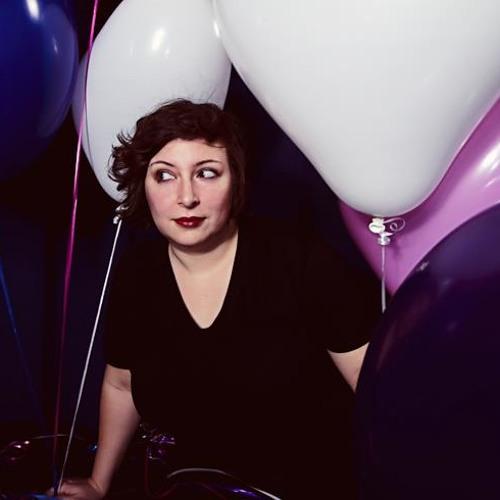 Martha Hari's avatar