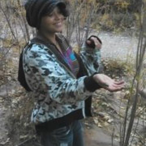 Angelique Stokes's avatar