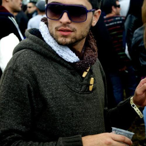 Yago Pessolato's avatar