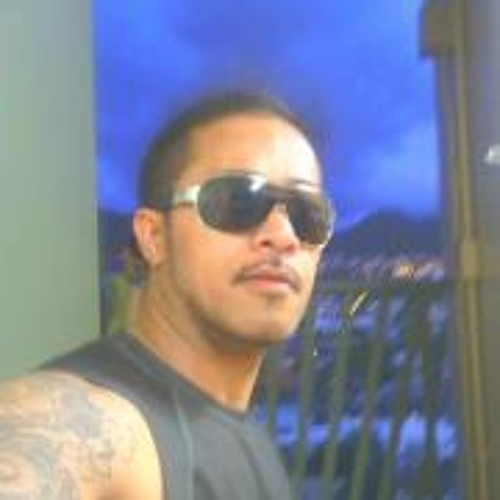 T Ngawan Robert's avatar