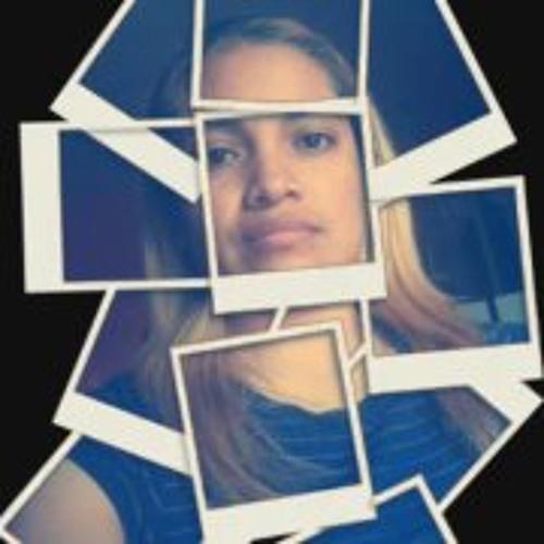 Elisa Cx's avatar