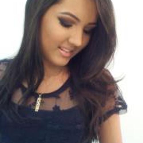 Isabela Angelotte's avatar