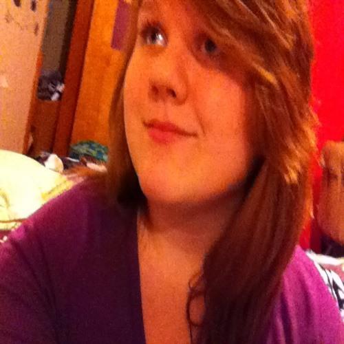 Marissa Lyn's avatar