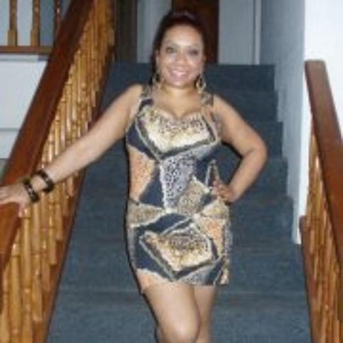Ellane Siewlal's avatar