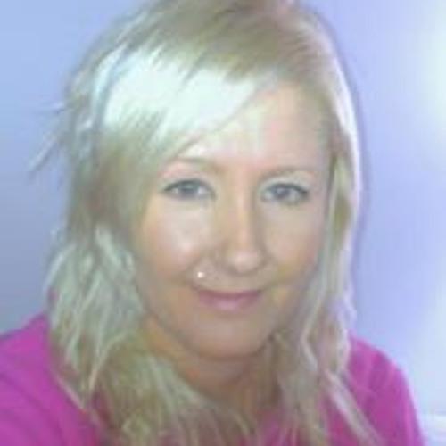 Nicolle Snell's avatar