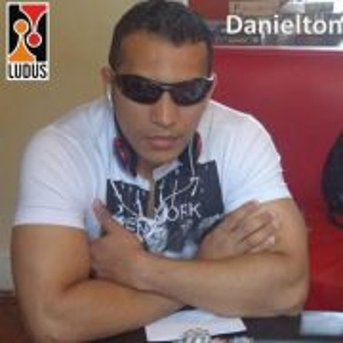 DDanielton Ferreira's avatar