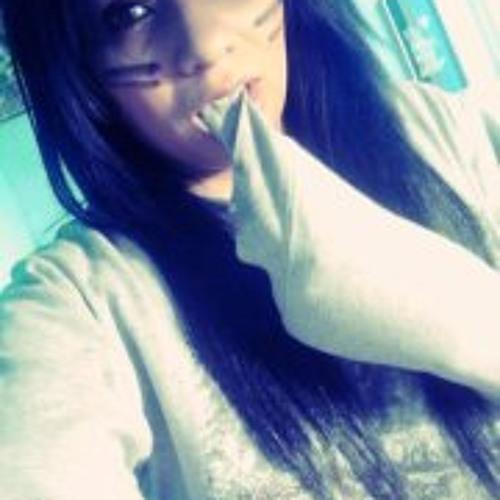 Adriane Zamora's avatar