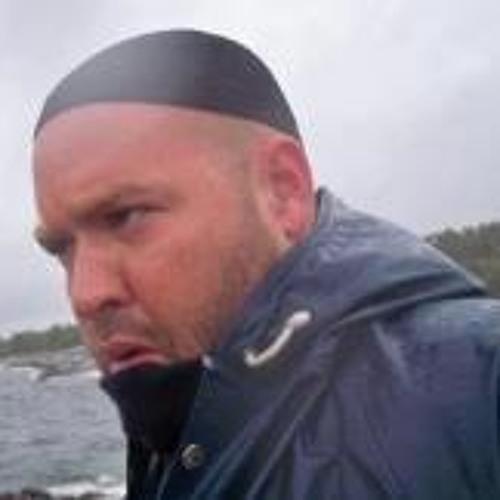 Peter Saretok's avatar