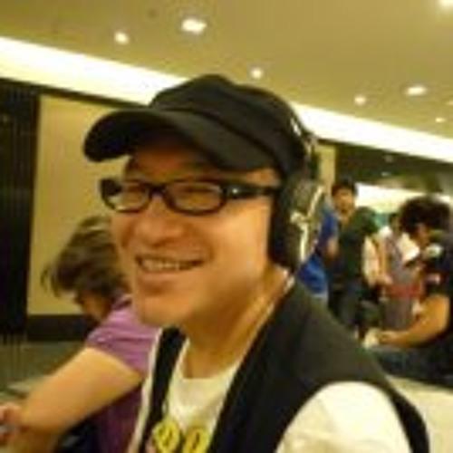 Aki Hattori's avatar
