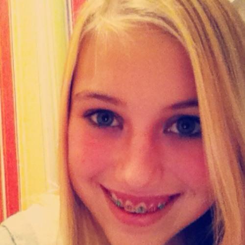 emma364410's avatar