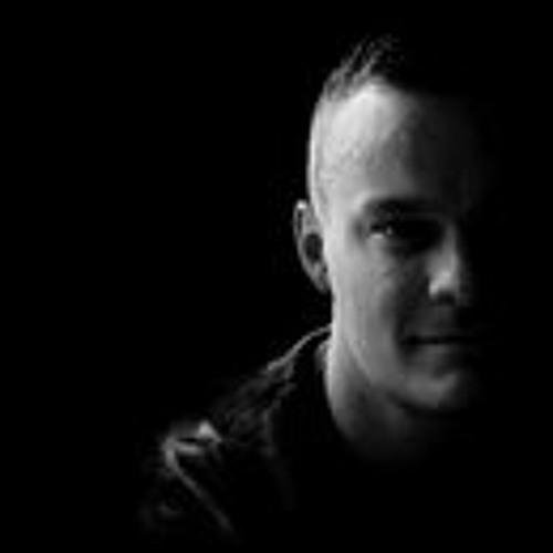 Tomek Kemot's avatar