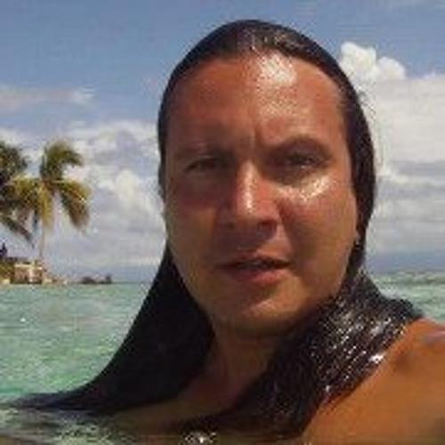Wilfrido Del Pino's avatar