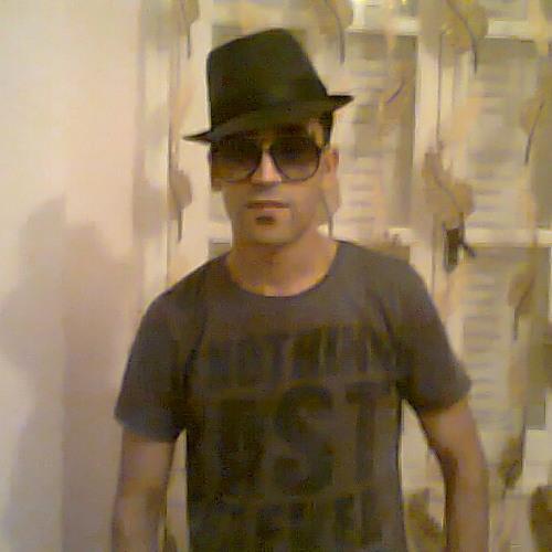 MOUTAZ's avatar