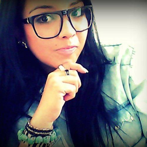 Naira Risonho's avatar