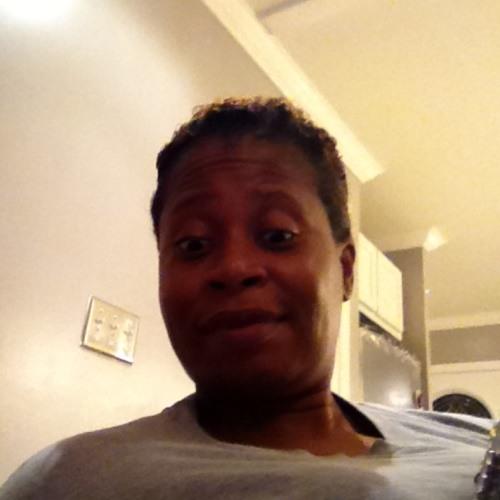 Linda 800 Hall's avatar