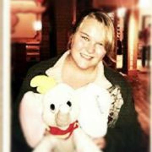 Abby Hoeker's avatar