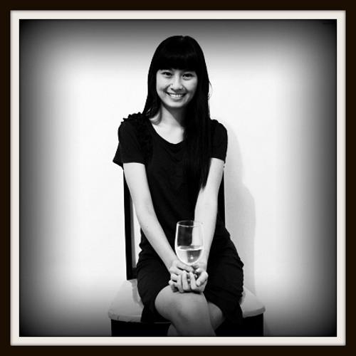 Anindya Yumika Dewi's avatar