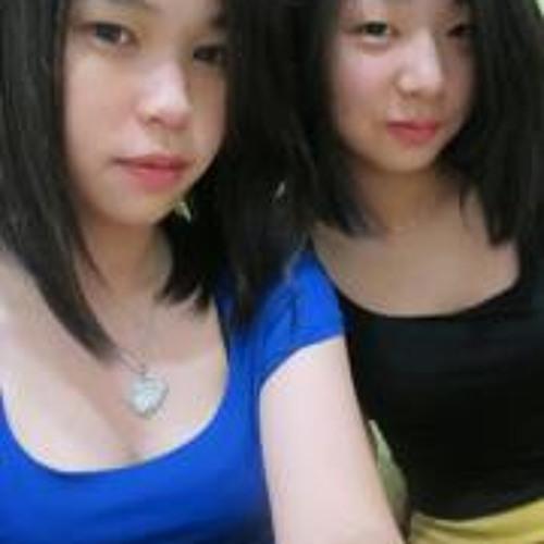Chong Midori's avatar