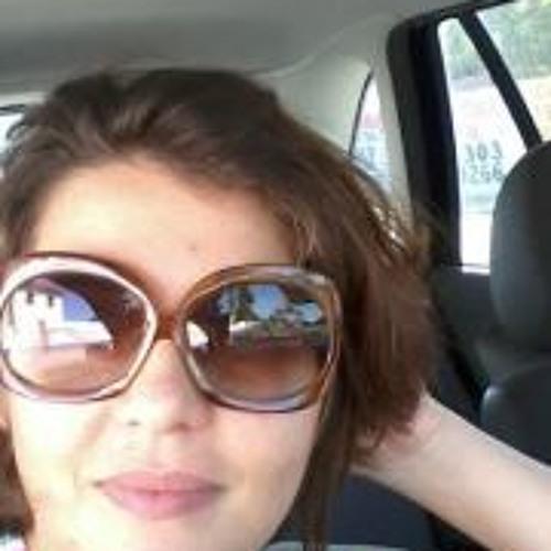 Ellen Sant'Ana Meireles's avatar