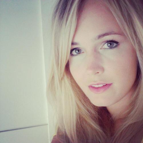 Izabela Kacprzak's avatar