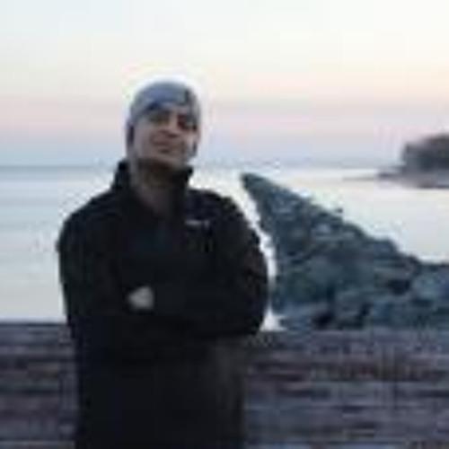 Nav Khan's avatar