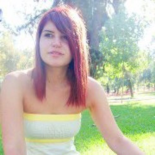 Francisca Carvallo's avatar