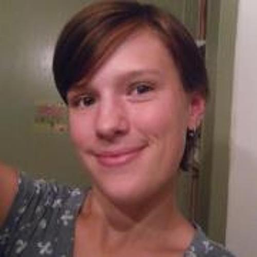 Julia Em's avatar