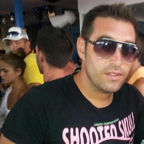 Dany Lopez's avatar