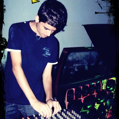 Flávio Oliveira Mix's avatar