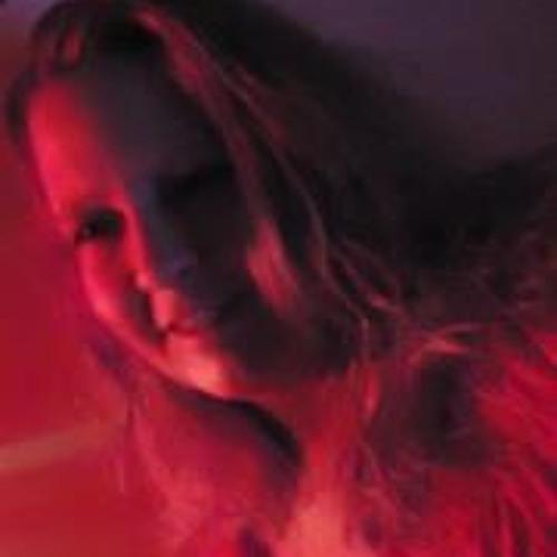 Beth Huston Dyer's avatar