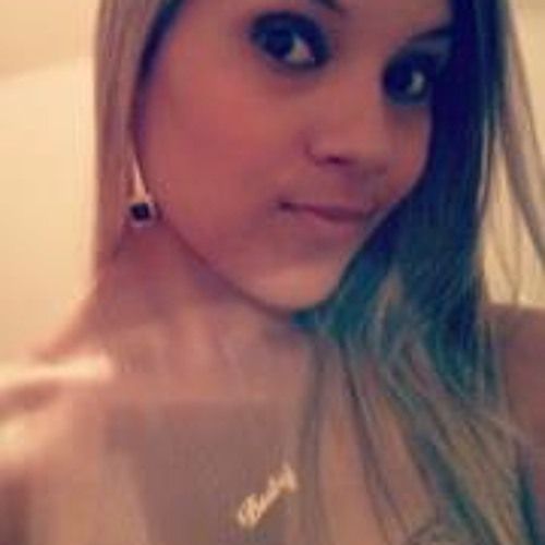 Bia Mello 2's avatar