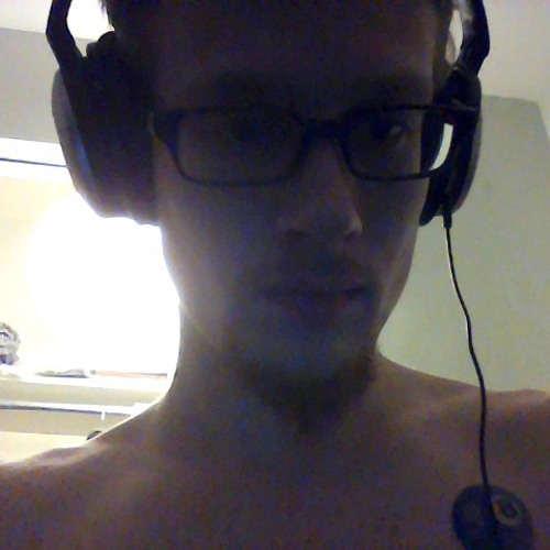 V2Demond's avatar