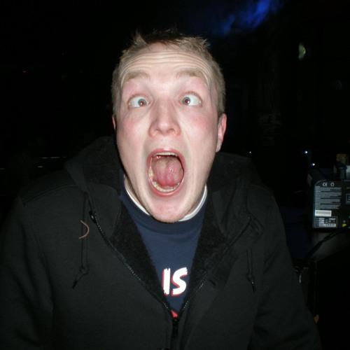 WoodzeyMusic's avatar