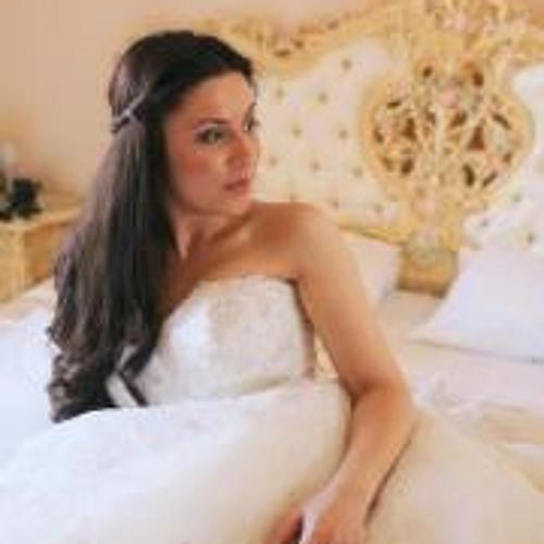 Arjeta Topalli's avatar