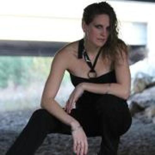 Hannah Stage's avatar