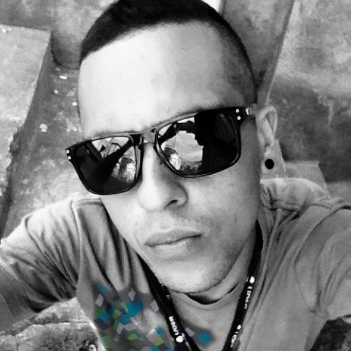 Luiz Sampayo's avatar