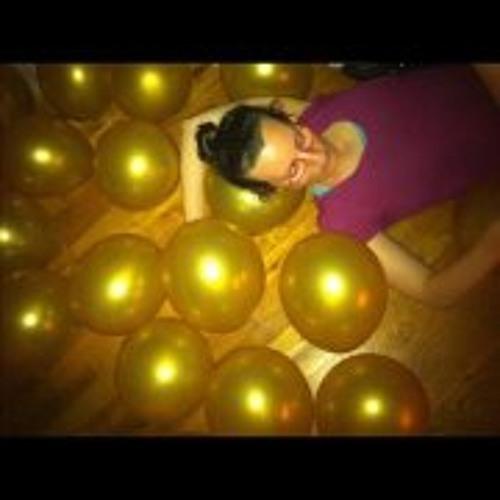 Rachel Newell's avatar