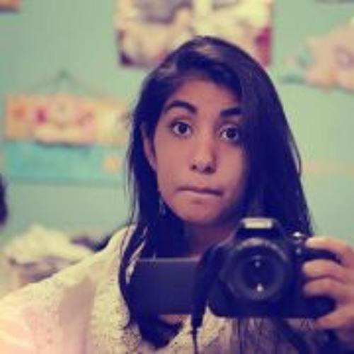 Lucia Torres R's avatar