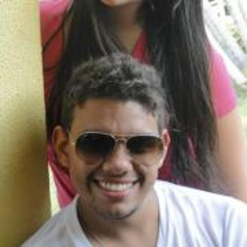 Alexandre Oliveira 72's avatar