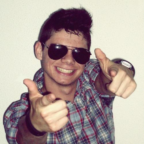 Rúben Ladeira's avatar