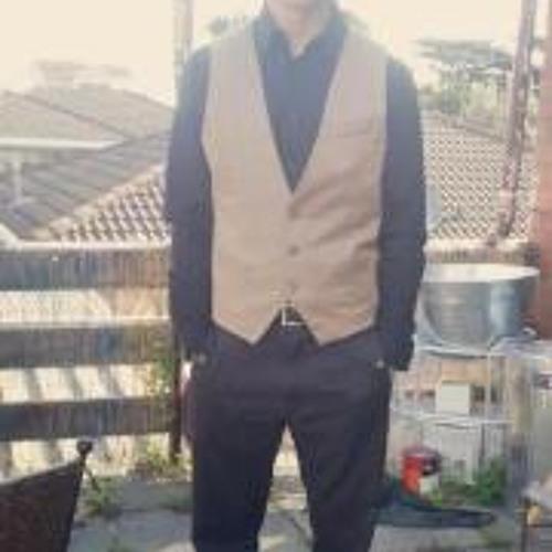 Daniel Cole 11's avatar