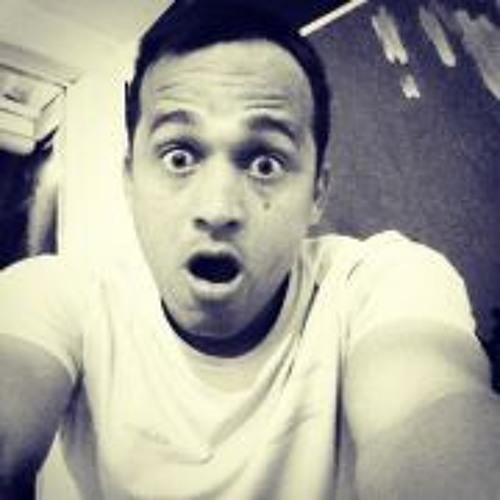 Leandro Miller's avatar