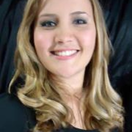 Kamilla Prata's avatar