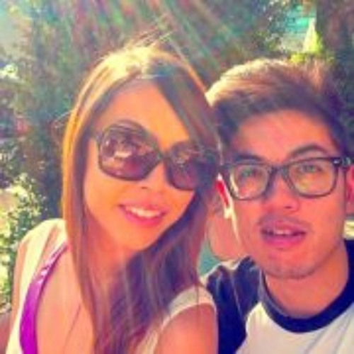 Natalie Ngoc Tran's avatar
