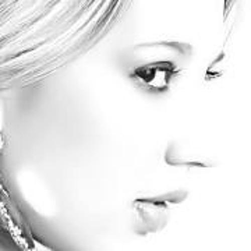 Yarlla Veloso 1's avatar