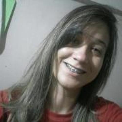 Vivian Alves Silva's avatar