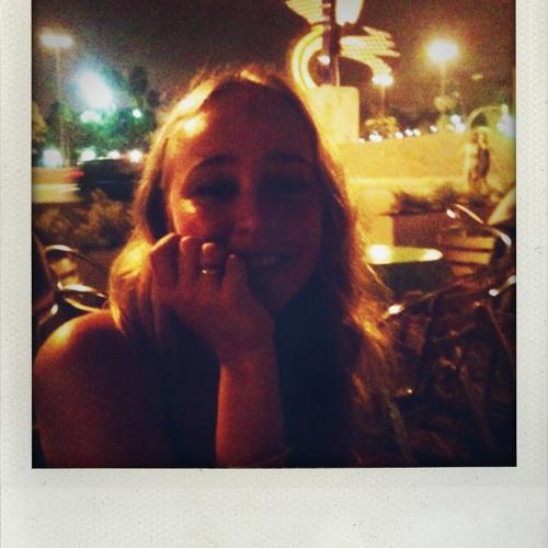veronova's avatar
