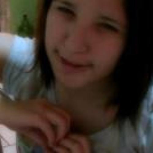 Liliana Carla's avatar