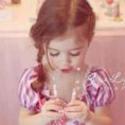 Dina Al-Qabas's avatar