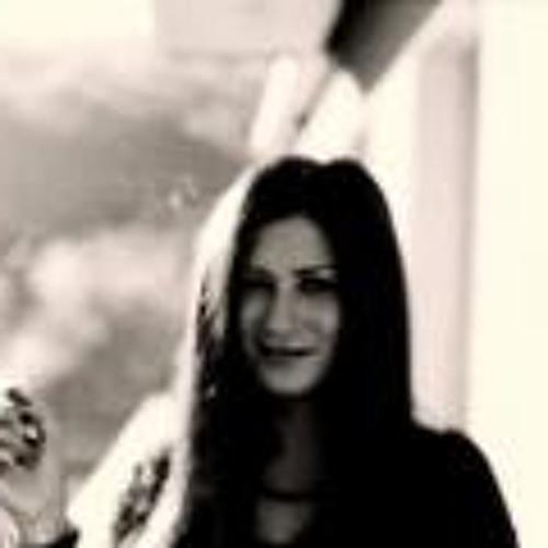 Nina Rooney's avatar